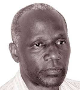 The Legend is gone. Sad times for the football fraternity.  Former @UgandaCranes Captain Jimmy Kirunda has passed on.  He collapsed dead at Bwaise near Hotel La Grande. #RIPLegend https://t.co/JSqpugRUin