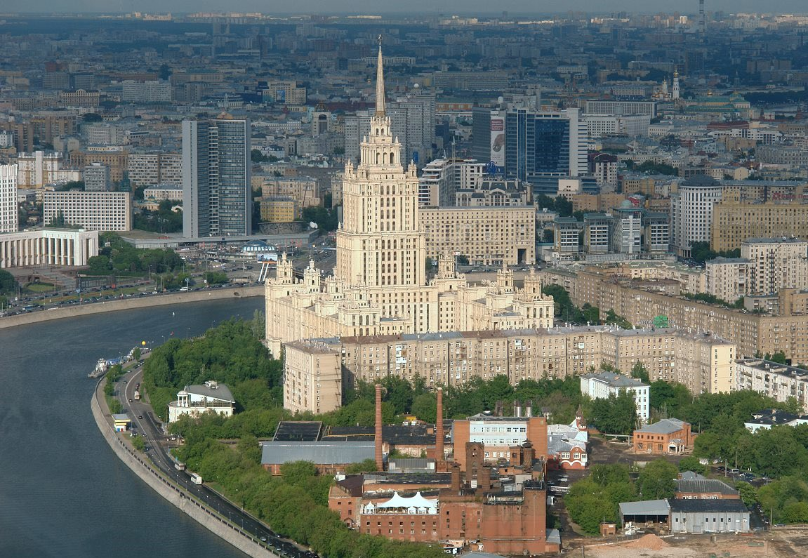 #OTD in 1957 the grand opening of the Hotel #Ukraina in the #Moscow city centre took place. With 1,026 rooms and 34 stories, it was the largest #hotel in #Europe  The 198 m tall structure was the second tallest of the neoclassical group of skyscrapers called 'seven sisters.' pic.twitter.com/1Tys07Si93