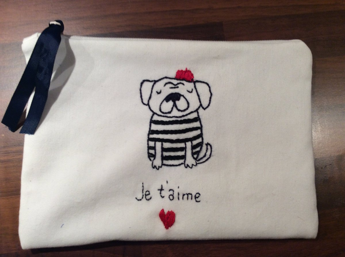 Je t aime Chic funny pouch bag hand embroidered, handmade, unique gift, one of a kind, carryall  #white #valentinesday #red #zipperpouch #handmadepouch #happypouch #cosmeticscase #carryallpouch #accessoriespouch