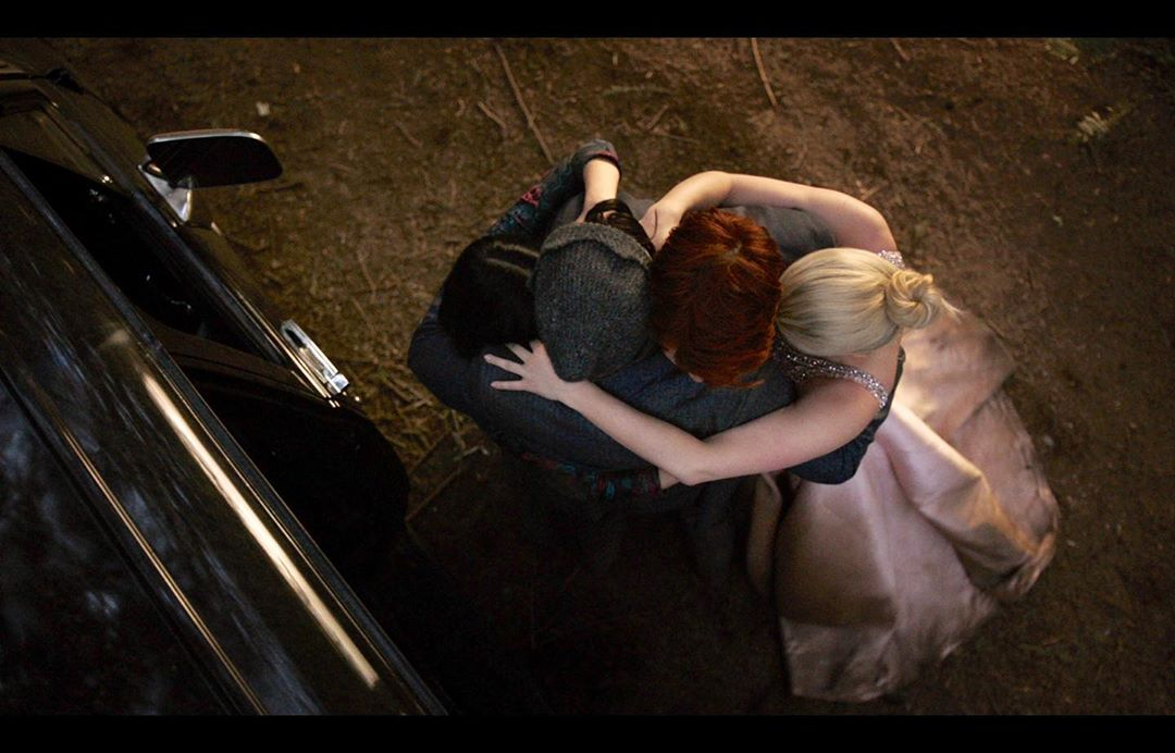 The contrast of Betty's and Archie's hair, end me now <br>http://pic.twitter.com/sIi5j0mjE7
