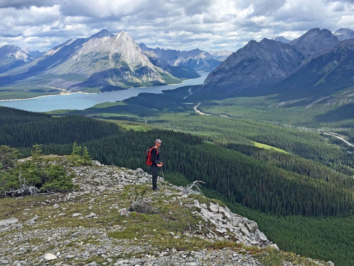 Amazing views from Tent Ridge, Kananaskis/Smith-Dorrien More about the trail: https://buff.ly/3cAMZa9  #amazingviews #kananaskis #tentridge #hiking #kananaskishikes #besthikespic.twitter.com/3IOXKVpx6L