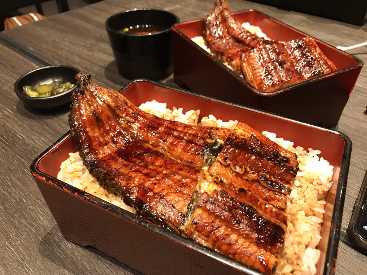 🍱Grilled eel set(´∀`*) The eel is nicely grilled and the meat is so thick and juicy. The amazing sauce has brought out the flavour of the eel. This is so good.  #dinner #food #comfortfood