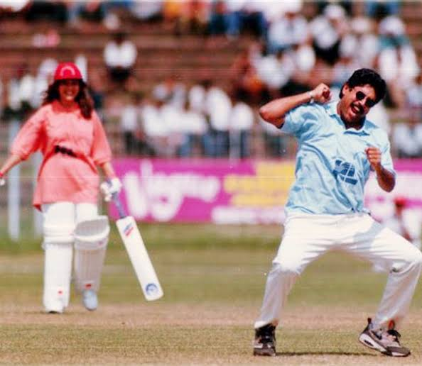 #KapilDev after taking #MadhuriDixit  wicket <br>http://pic.twitter.com/NeAi1ZfIhb