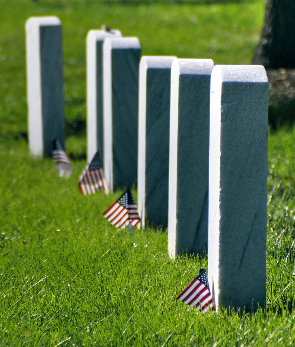 """""""Memorial Day. We honour the fallen of our American brothers and sisters in arms."""" JV #MemorialDayWeekend"""