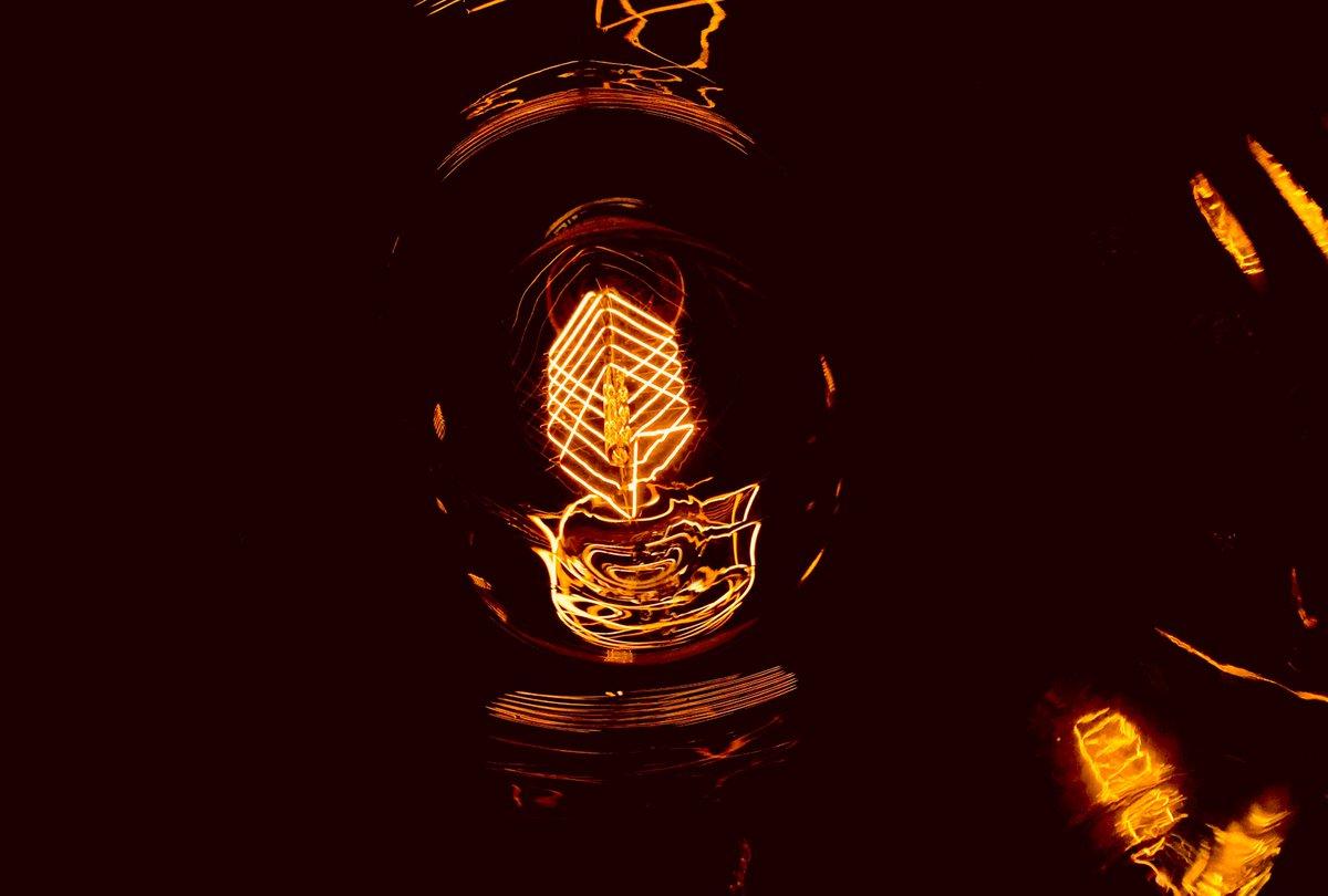 Inside Story! Reflections.  #light #lightahope #light #inside #drama #filament #lighting #design #shoplight #decoration #decorative #decorativelighting #reflective #awesome #instagood #500px #ongooglemaps #picoftheday #positivevibes #energy