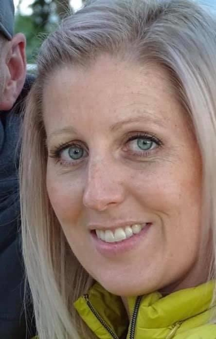 URGENT - PLEASE SHARE Cleveland Police are releasing new images of missing Alison Danks, 39, (also known as Bishop) who has been missing from Marske since Friday 22nd May. Officers believe Alison may have travelled via train to the Milton Keynes area. @ThamesVP @PoliceChiefs twitter.com/ClevelandPolic…