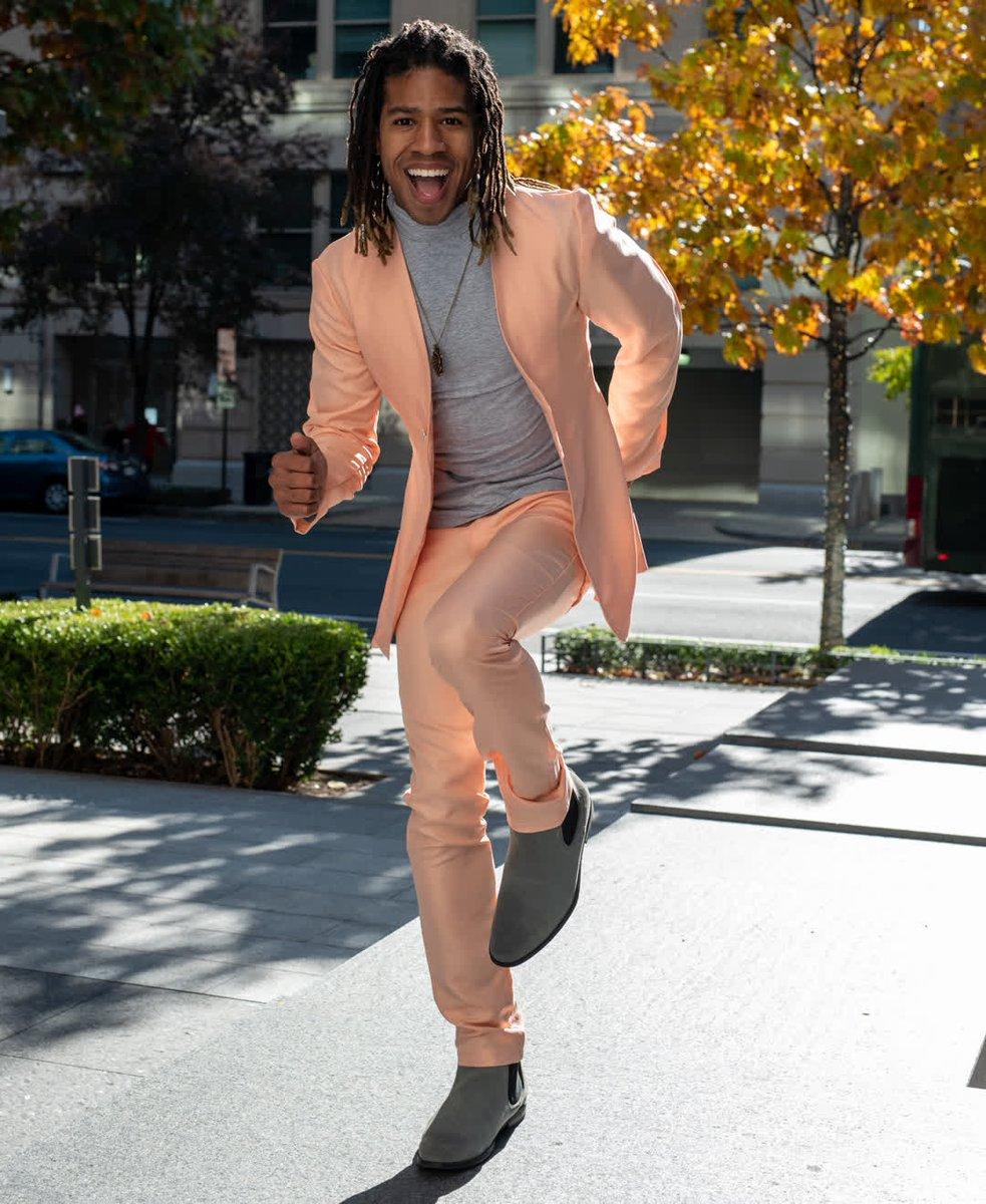 Our custom peach suit⠀ ⠀ #AReneeFashion  #ootd #outfitoftheday #toptags #lookoftheday #fashion    #fashiondesigners #fashionphotography #fashioninsta #fashiondesigner #menswear #menswearstyle #menstyle #mensweardesigner #womenfashion #womenstyle #unisexfashion ⠀ ⠀pic.twitter.com/PO7B5Q39Au