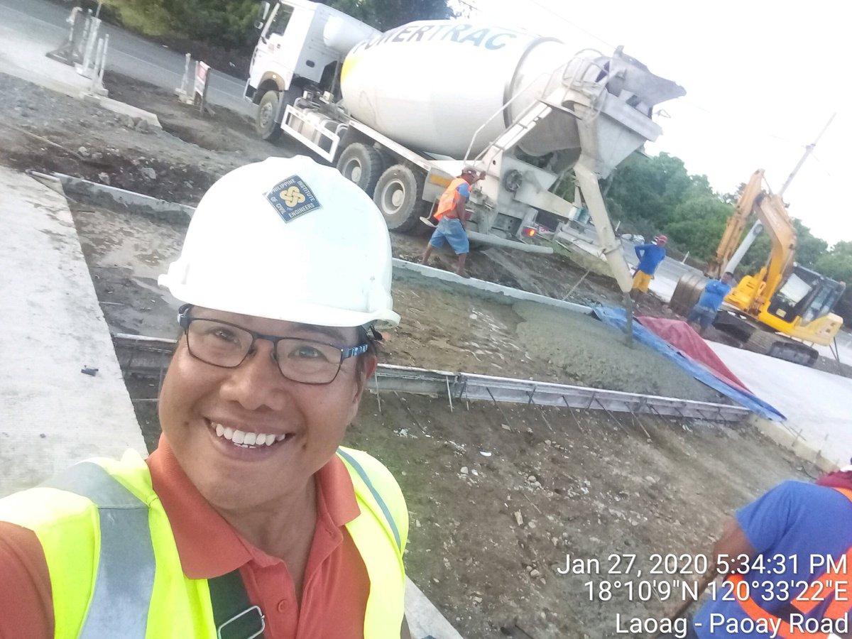 #smile #selfie #engineer #civilengineering #civilengineer #construction #work #constructionworkers #friends #infrastructure #heavyequipment #DJCM #DJCMCC #DJCMConstructionCorporation #DJCMConstCorp #lakers #professional #GoodVibesOnly #concreting #contractors #building