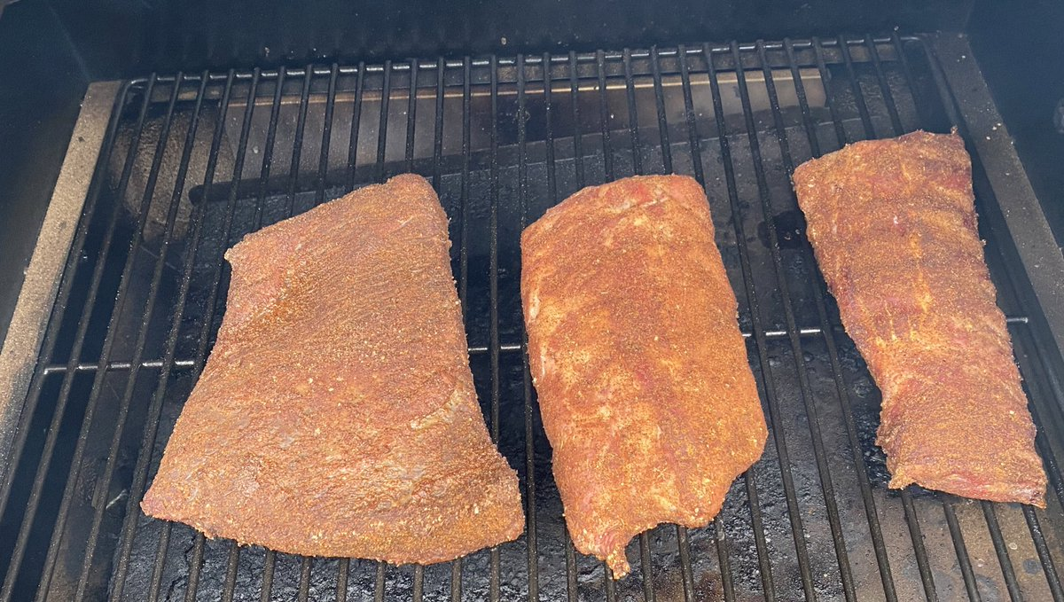 Patagucci Papi On Twitter Just Threw Some Brisket And Ribs On For Later Should I Do A Series Of Zuckerberg Esque Smokin These Meats Videos,Veal Scallopini With Mushrooms