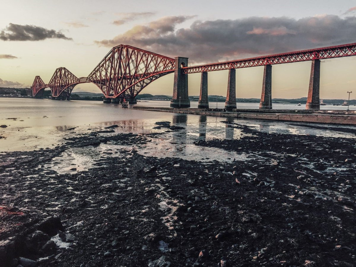 What a view! 🌉 Thank you to our lovely conductor Cairn for sending this in for us to share. 🚆
