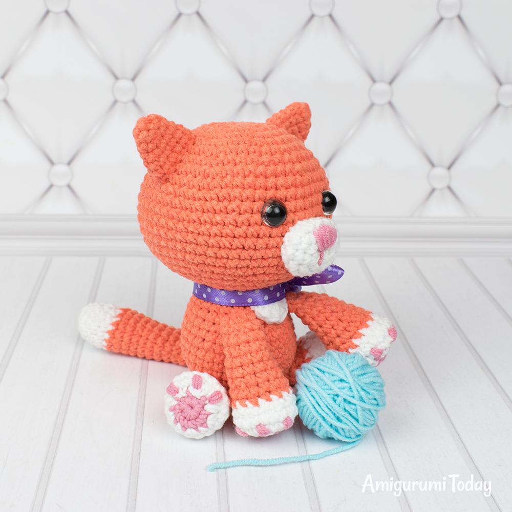 Cuddle Me Rhino amigurumi pattern - Amigurumi Today | 1000x1000
