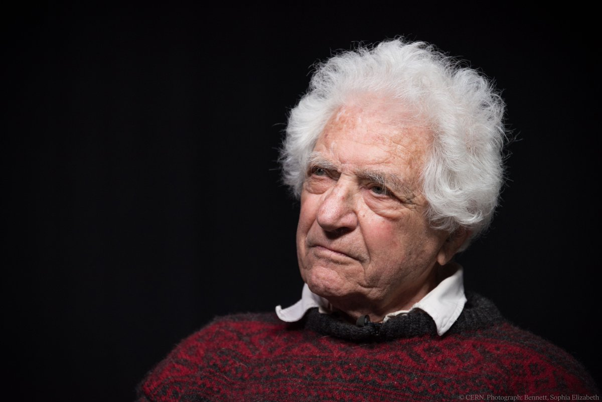 Jack Steinberger turns 99 years old today - join us in sending him the warmest birthday wishes.   Steinberger, Leon Lederman and Melvin Schwartz shared the #NobelPrize in Physics in 1988 after proving the existence of the muon neutrino.  Read more: https://t.co/VuK247mGES https://t.co/Ad7c43VBKw
