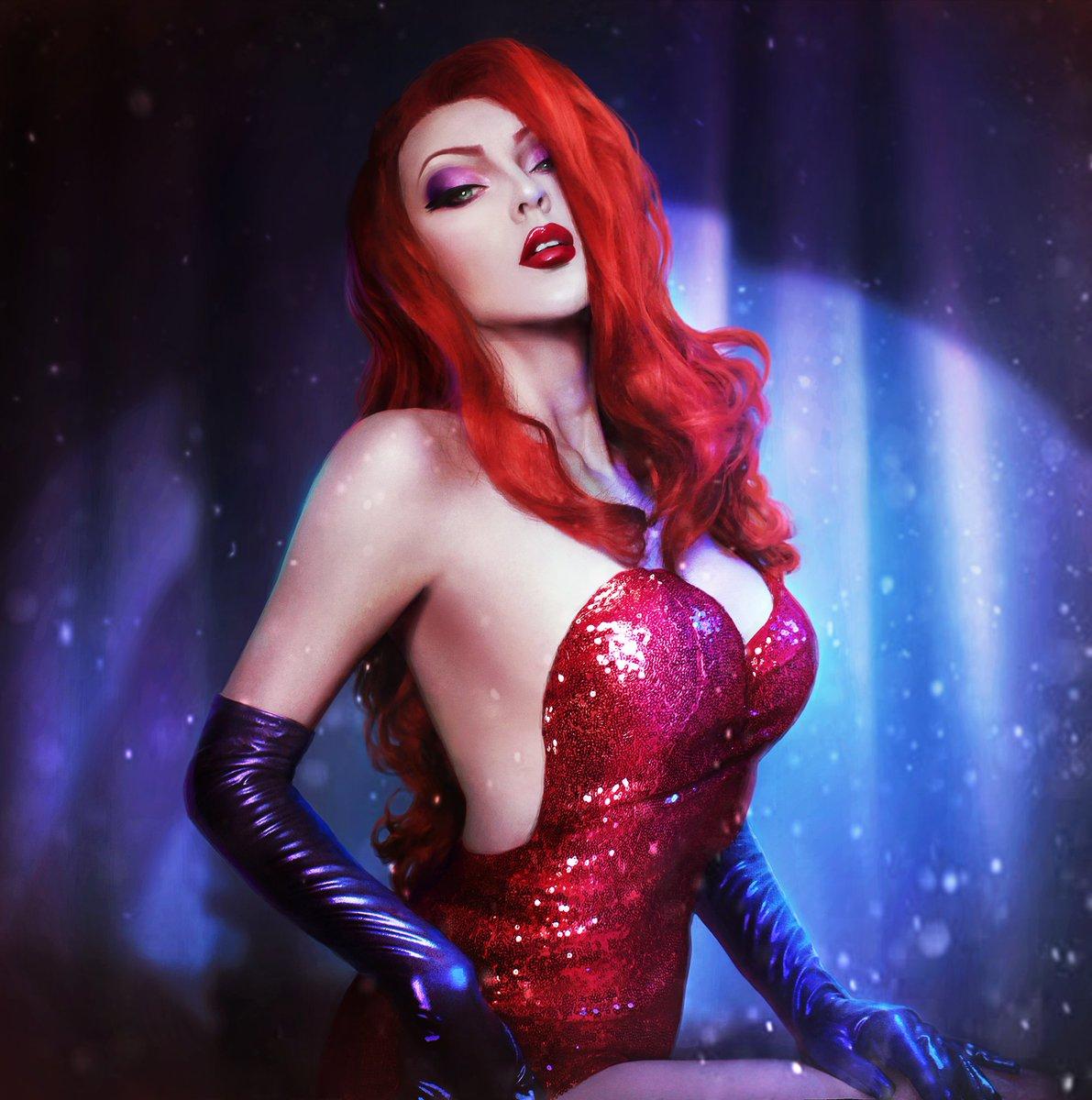 #whoframedrogerrabbit #jessica #jessicarabbit #cosplay  #disney #disneycosplay #makeup #sexy   Will you be my rabbit?💗