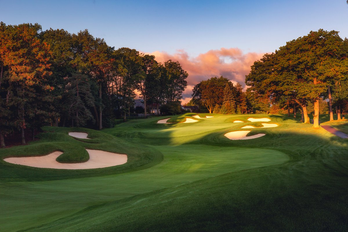 The 4th hole @StGeorgesGCC   @jasonlivy  #golfcoursearchitecture #golfcoursephotography #beautifulgolfcourses #golfcourse #golf #golfphotos #top100golfcoursepic.twitter.com/0FjSb50DSC