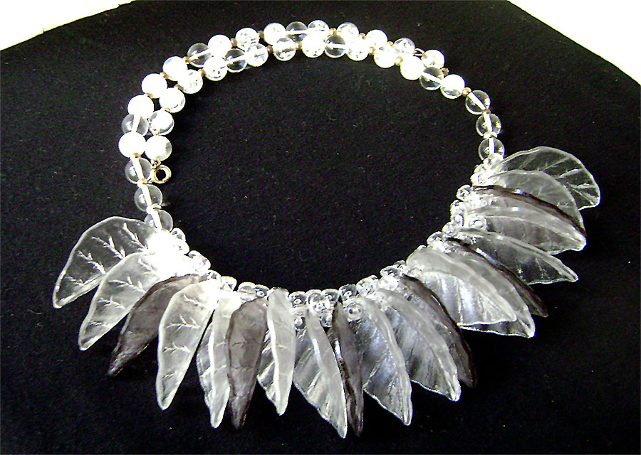 Awesome #Vintage #Lucite Clear and Gray Leaf #Fringe Bib #Necklace