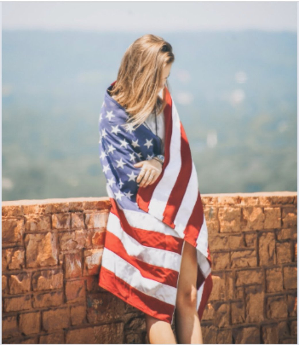 Bold stripes, bright stars, brave hearts. Proud to be an American! #HappyMemorialDay #BeSafe  <br>http://pic.twitter.com/zuO8F7f4pf