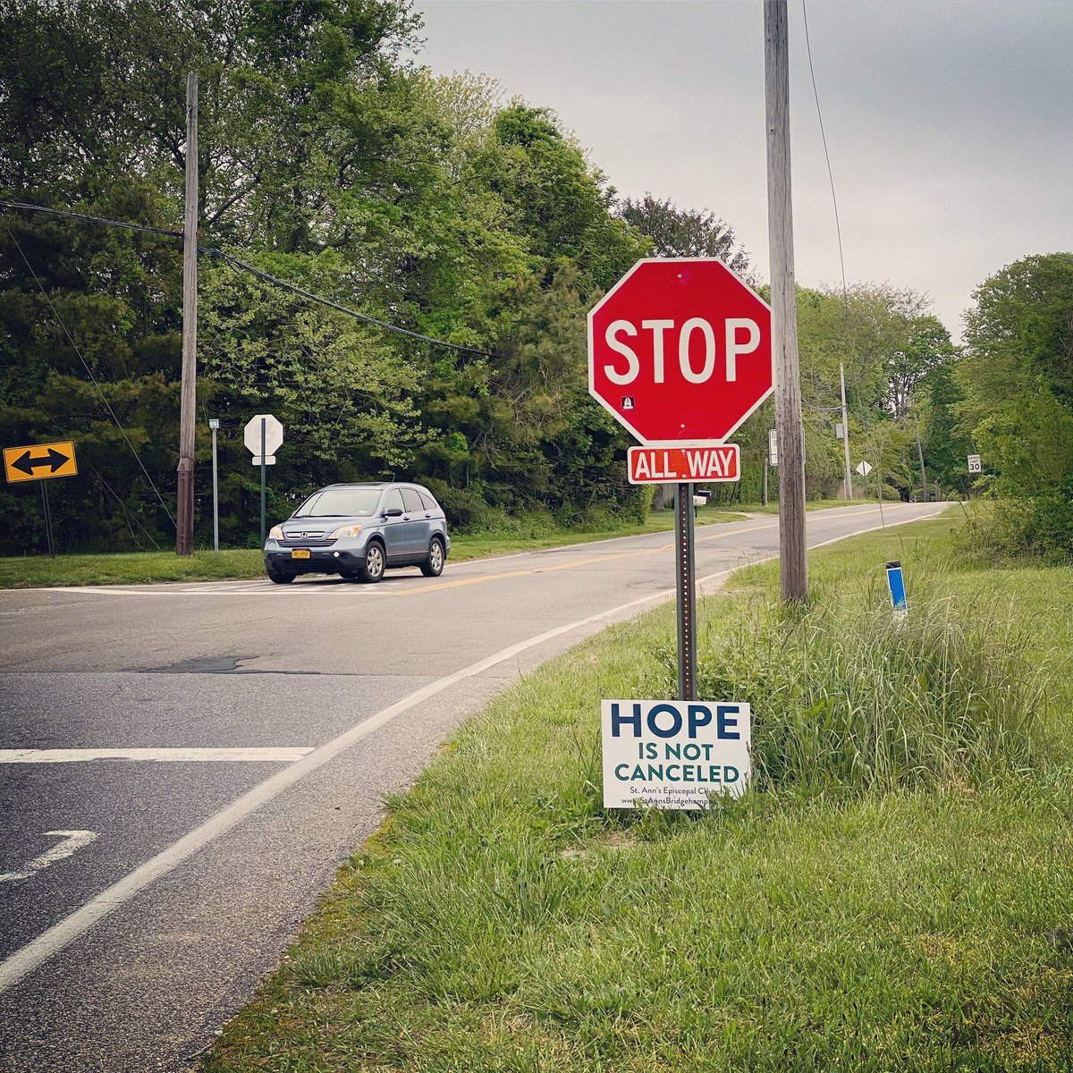 """Hope is not cancelled"" #watermill #newyork #signs #coronavirus https://t.co/96JiElqrZb"