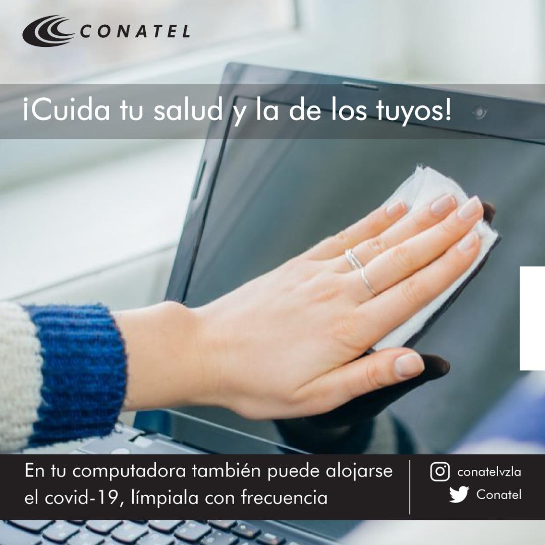 📣Si compartes tu computador es importante que desinfectes el equipo, el Covid-19 puede alojarse en el teclado, mouse u otras partes💻¿Cómo hacerlo? ✅Humedece una toalla con algún tipo de desinfectante ✅Limpia toda la superficie de la PC ✅Seca bien la superficie #QuédateEnCasa