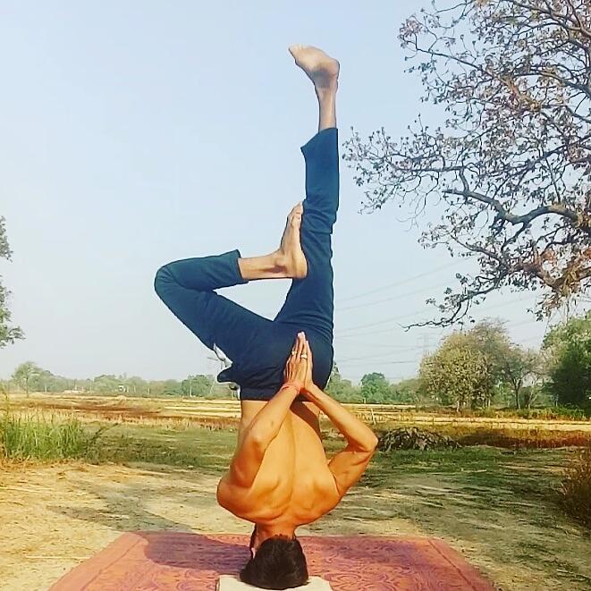 #yoga #yogalife #yogainspiration #yogalifestyle #yogajourney #yogapic #yogapractice #yogadaily #yogagoals #allyoucanyoga #feeltheyogahigh #practice #instayogafam #keeppracticing #yogasana #yogabalance #yogatribe #inspiredyogis #yogafeature #yogabody @SinghDivyansheepic.twitter.com/7fwikuqMHN