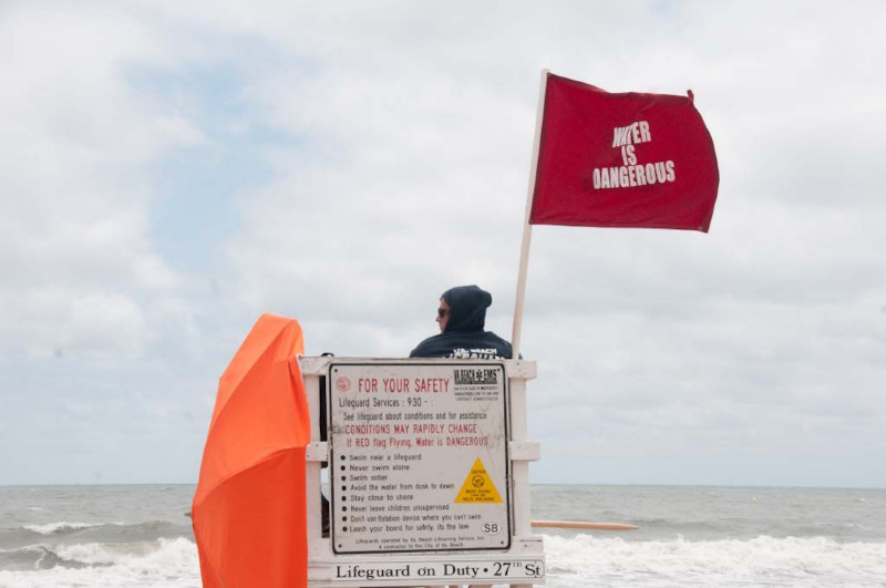 Red flags flying at the Oceanfront today due to rough surf. Heed the warnings from lifeguards. #RipCurrent