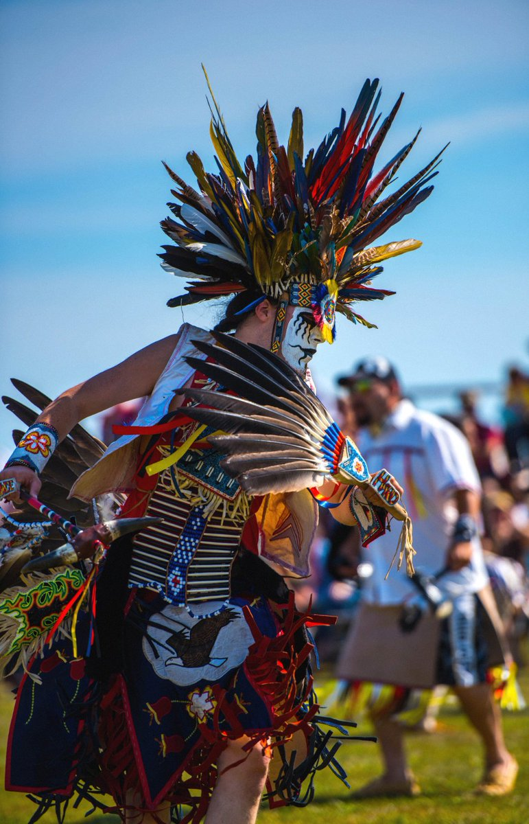 More of photographs of the powwow I went to a few years ago.  #Canada #photographypic.twitter.com/2zIsV5WLic