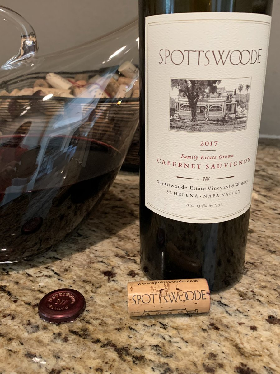 About to enjoy the 2017 @SpottswoodeWine Estate Cabernet #HappyMemorialDay #NapaValley pic.twitter.com/VlogVUOOCg