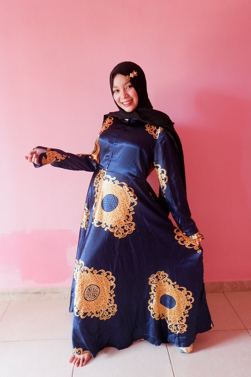 Assalamu alaikum.. #modestfashion #muslimahfashion #follow #hijaboutfit #likeforlikes #syari #indonesia #lfl #tesett #hijabcantik #hijabindonesia #gamiscantik #ootdfashion #hijabkekinian #tunik #khimarsyari #like4likes #fashionblogger #jilbabsyari #jilbabinstan #abaya #scarfpic.twitter.com/R1EtgGzsAQ