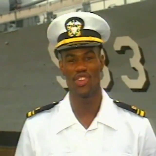 2x NBA Champion with the @spurs and 1994-95 NBA MVP David Robinson (@DavidtheAdmiral) reflects on being a student at the United States Naval Academy. #MemorialDay https://t.co/RPafxJmBgk