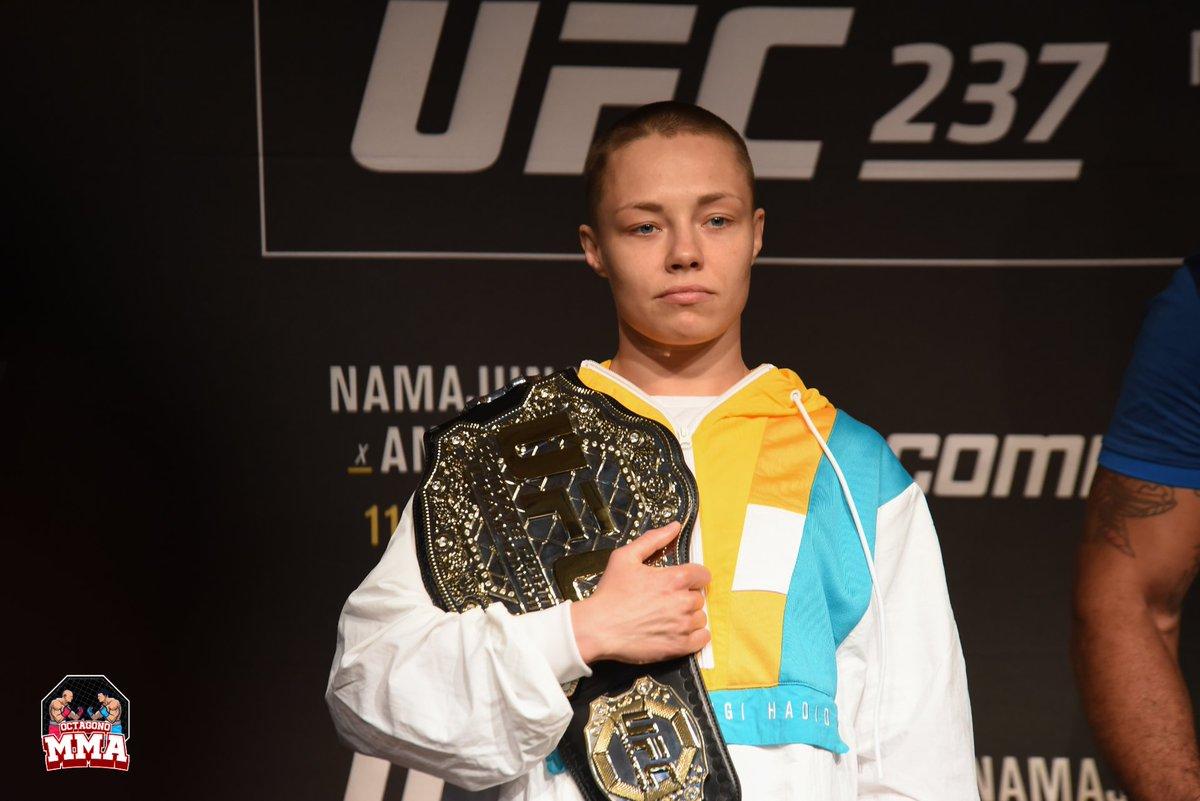 . @rosenamajunas es la no. 2 en el ranking de peso paja femenino de #UFC.  Ella tenía previsto enfrentarse a @jessicammapro para una revancha el 18 de abril de 2020. #Namajunas se retiró del evento, con su gerente citando la pandemia de #COVID-19 como la razón. #ufcnoticias https://t.co/4cOEGFiGGR