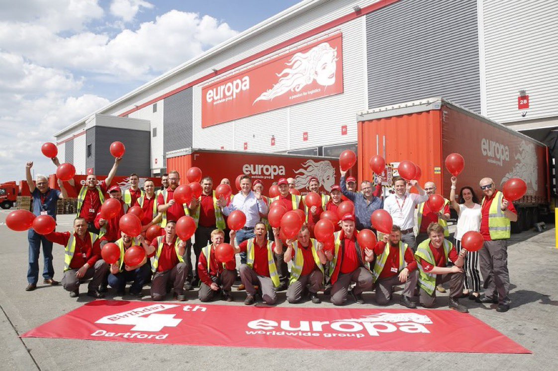 Five years ago today we finished our move in to #Dartford, from Erith. The site features 263,000 square foot of #warehouse and #logistics space. Happy 5th Birthday to our 1Hub! http://ow.ly/Fy4U50znvEIpic.twitter.com/WLvFSmnbV7