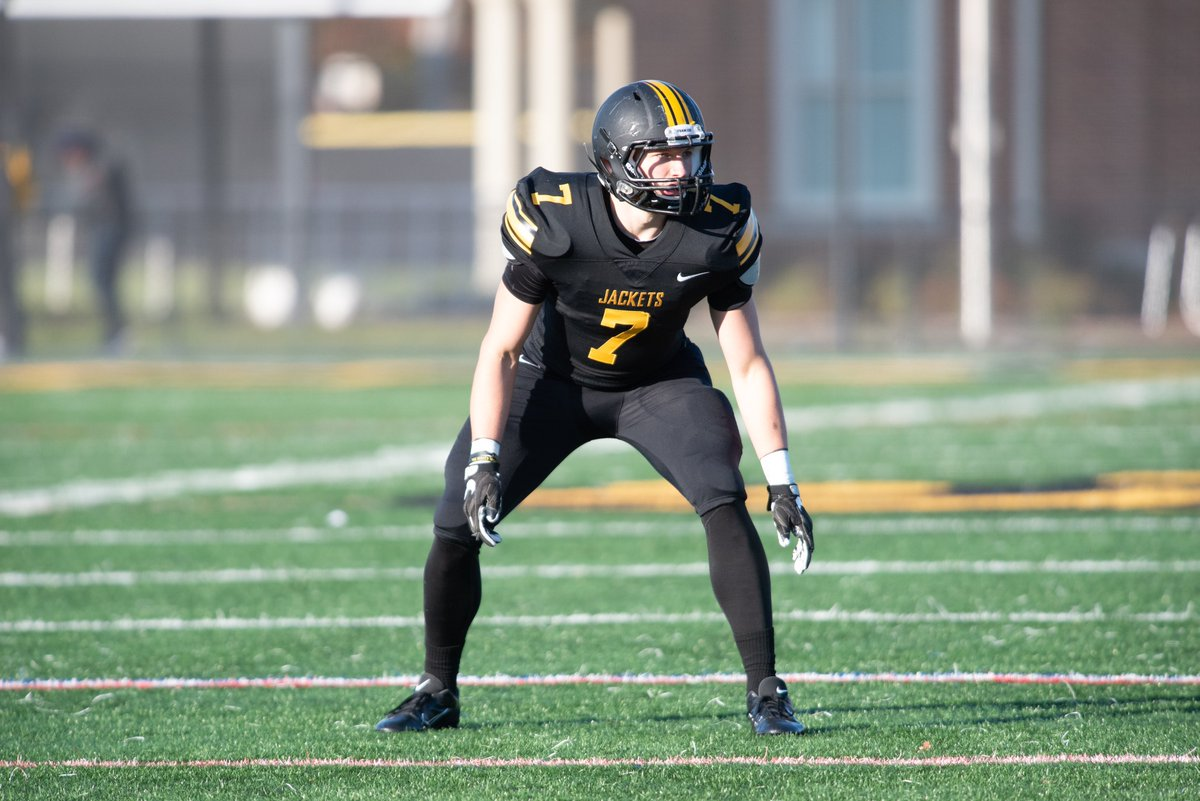 #Team132 OLB Philip Mugrage, from Broadway HS in Broadway VA (@BwayFB) graduated with a degree in Business Finance with minors in Accounting and Economics.<br>http://pic.twitter.com/kiCaSPtx5a