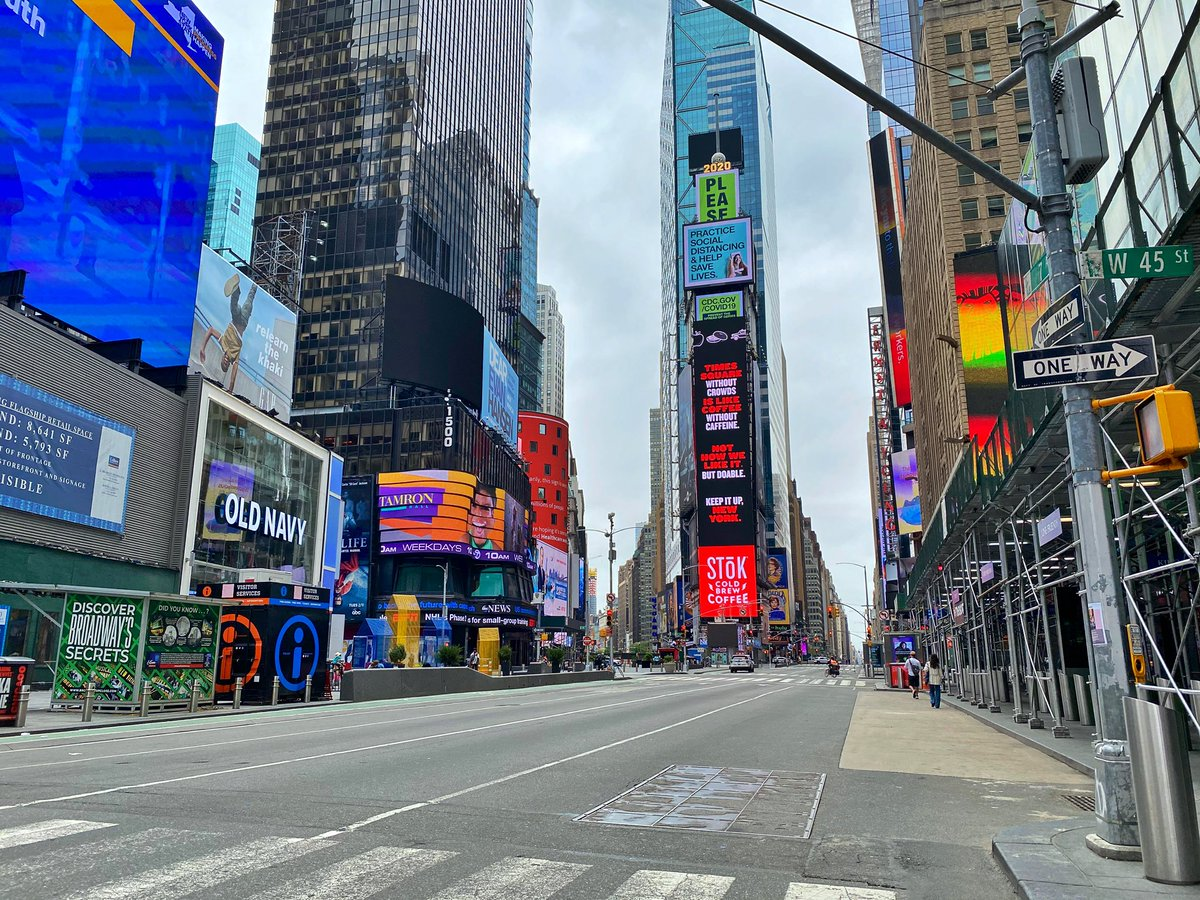 Memorial Day in Times Square, 12:35pm