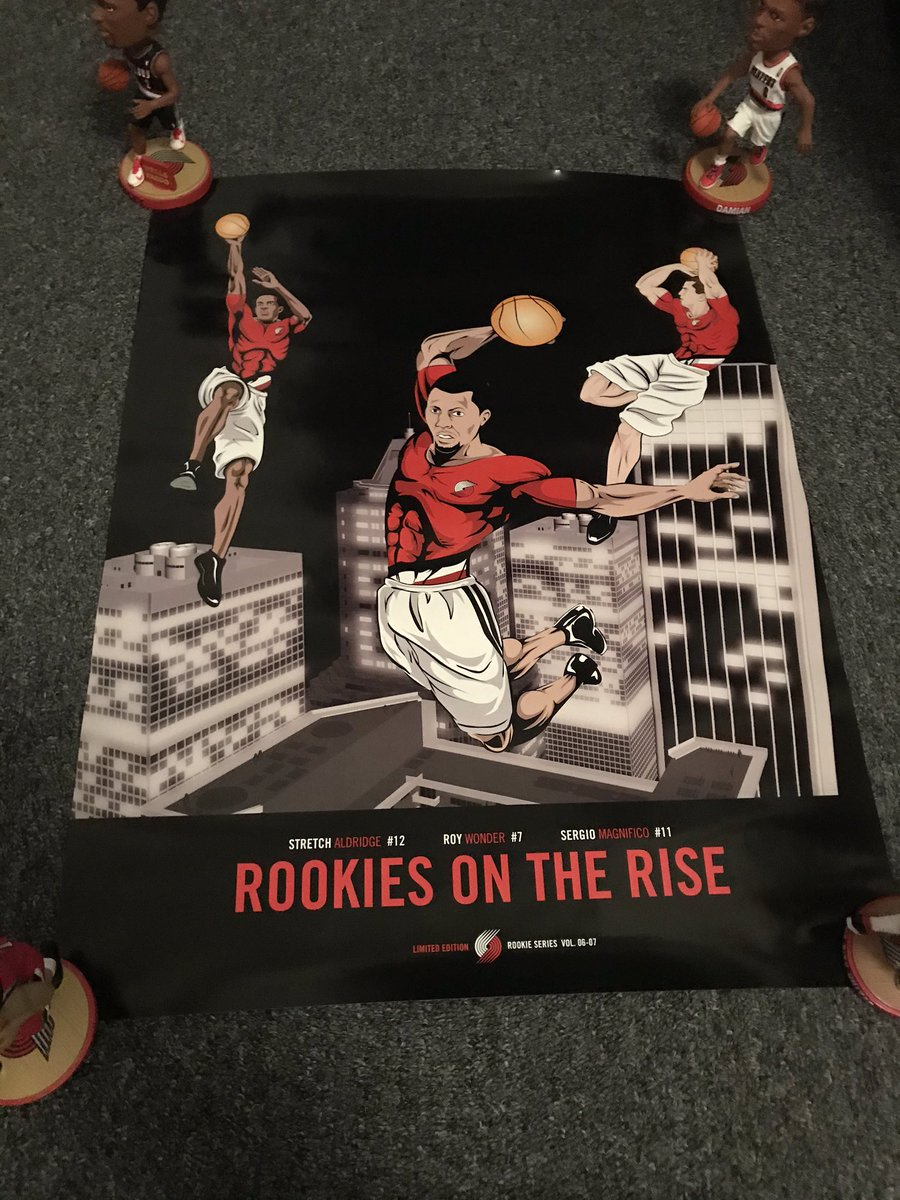 Up next is a familiar item for those who follow @blazercollector!  06-07 Rookies on the Rise poster, ft. Aldridge, Rodriguez, and Roy.   Measures 18x24. Fantastic condition.   $20 takes it home. One available. #RipCity  *Bobbleheads not included* 😂 https://t.co/zrZNUPtnen