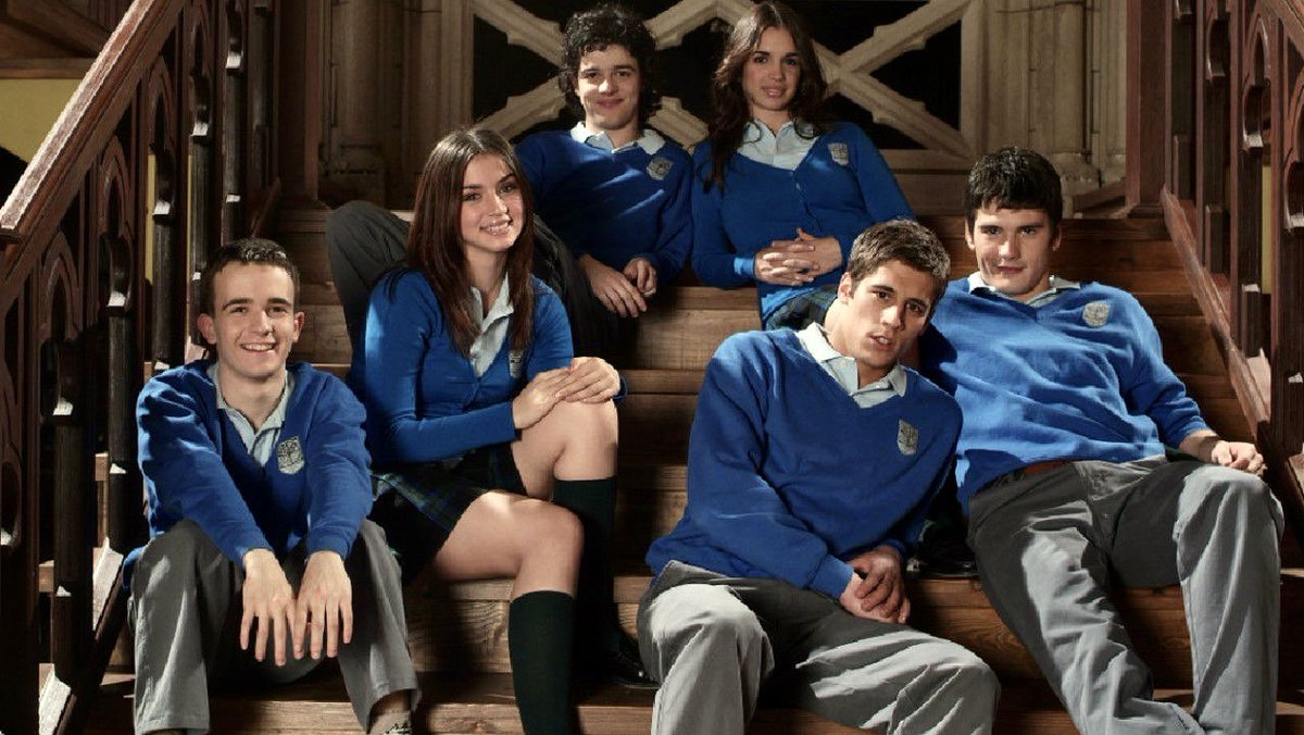 Ana De Armas Updates On Twitter 13 Years Ago The Popular Spanish Teen Soap El Internado Premiered The Series Ran For Seven Seasons Broke Molds In Terms Of Production And Distribution In