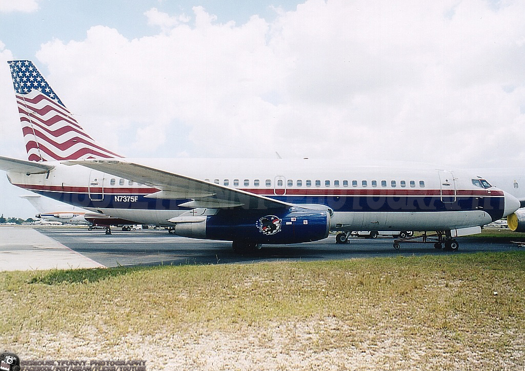 on Memorial Day   #aviation #planespotting #planepotter #avgeeks #avgeek #airplane #airplanes #aviationphotography #jet #boeing #boeing737 #florida #opalocka #memorialday #memorialday2020pic.twitter.com/S5AbZIhSsP