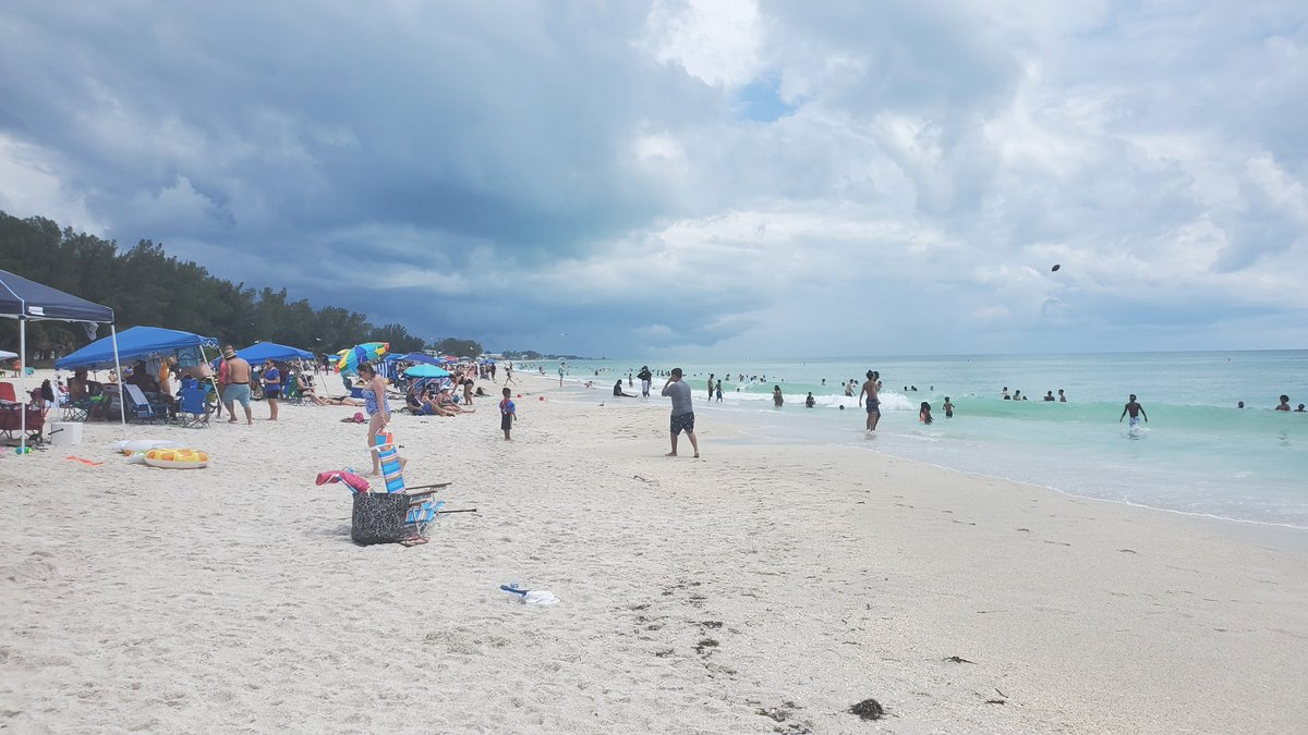 Lighter crowds on Manatee Public Beach as storms threaten more rain. #COVID19 #MemorialDay