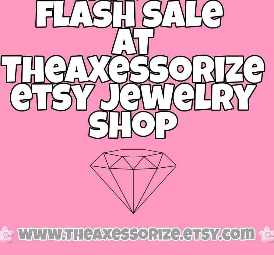 A little Reminder 2 hrs left for our #jewelry #flashsale  via @Etsy #etsy #Sales #handmade #jewelrytrends #etsystore #etsysale #EarlyBiz #shopsmall #EtsySocial #jewelryonetsy #CraftBizParty #summer #fashion #shopping #SmallBiz @BlazedRTs @SmallStreamersC