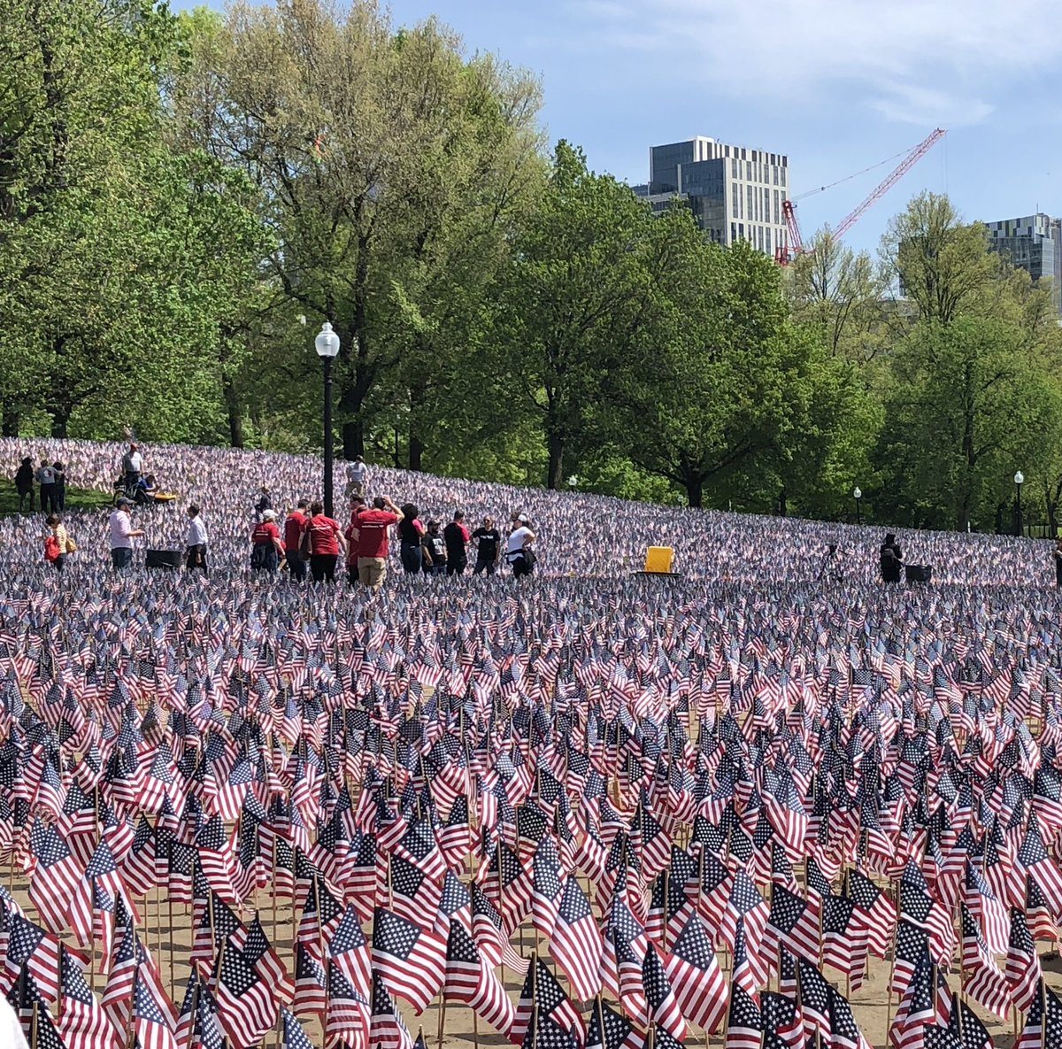 It's Memorial Day Weekend. In honor to those who have paid the ultimate price. #HeroesFlagGarden   Please take a moment to reach out to a veteran and check in. #veteransuicide https://t.co/fylNhxbVcY https://t.co/hnuA8Ja4e1