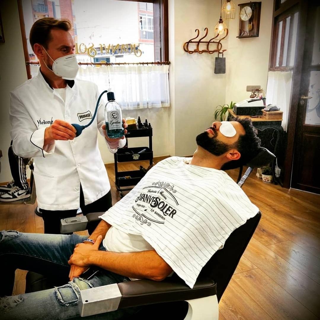 #barberodeldia @juanvisolerlabarberia #valencia #barberlegends   #revistabarberias  #revistabarberiashome https://t.co/rhJXLWgduA
