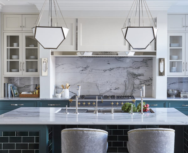 If you've got a galley #kitchen, you might want to take a look at this pictorial. #interiordesign  http://cpix.me/a/97948900pic.twitter.com/vM54obF5IU