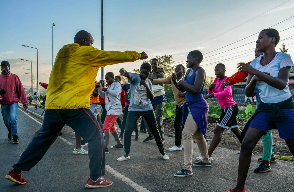 Gym closures force Kenyan sports champions to train by roadside