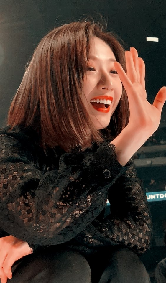 Our beautiful dove 🕊 #OrbitsWithHaseul