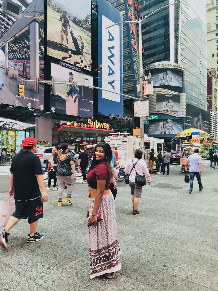 i miss New York  #NYC pic.twitter.com/CRTOFpySRC
