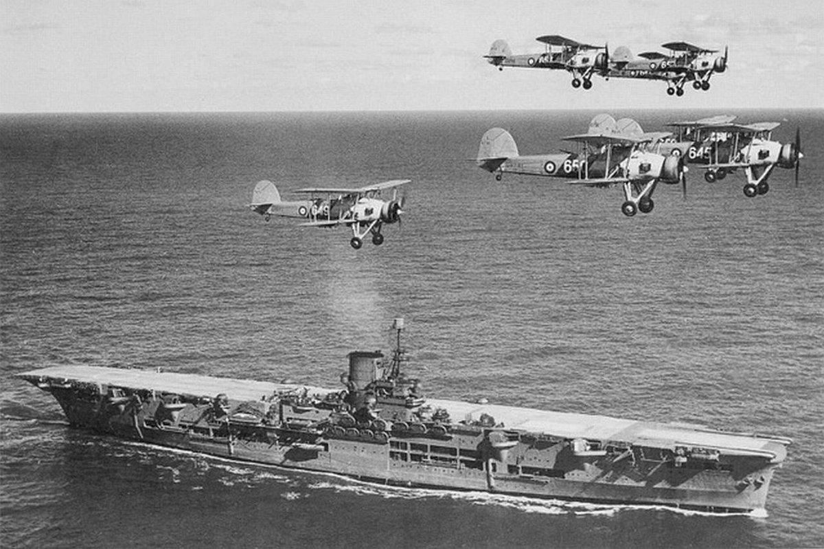 #OnThisDay 1941 Fairey Swordfish aircraft from HMS ARK ROYAL attacked the German Battleship, Bismarck, with torpedoes. The attack damaged Bismarck's rudder severely affecting manoeuvrability, allowing @RoyalNavy surface units to engage and finish the job the next day. @820NAS https://t.co/hgKHVeHiAv