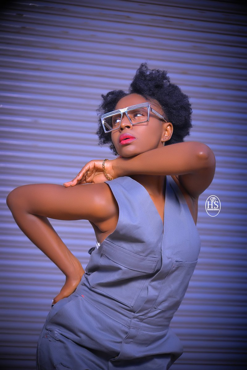 Follow @HannixShots Inbox for your shoots as well  .#gainwithmchina #gainwithxtiandela #gainwiththeepluto #tembeakenya #igerskenya #igersnairobi #nairobikenya #igkenya #nairobian #ignairobi #254fashion #254publicity #iamnairobian #10over10 #vscokenya #nikonkenya #homeofportraits pic.twitter.com/m9VgM3EH6X