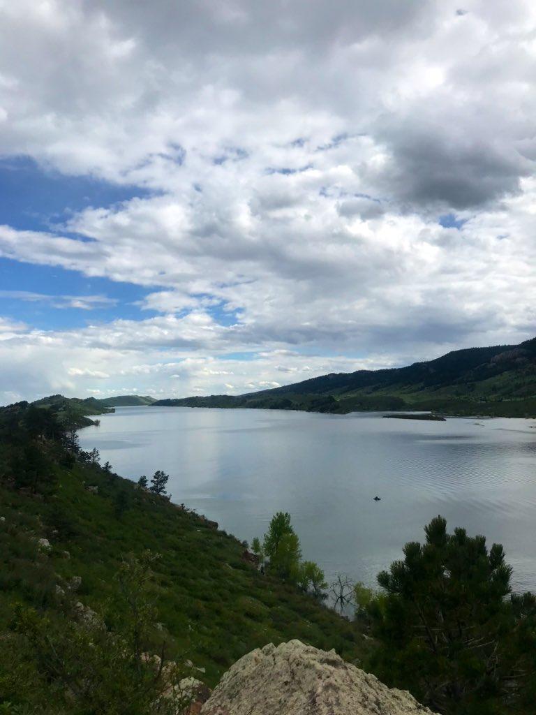 Great afternoon for a nice trail run along Reservoir Ridge. #FoCo pic.twitter.com/5MWUbUFnXi