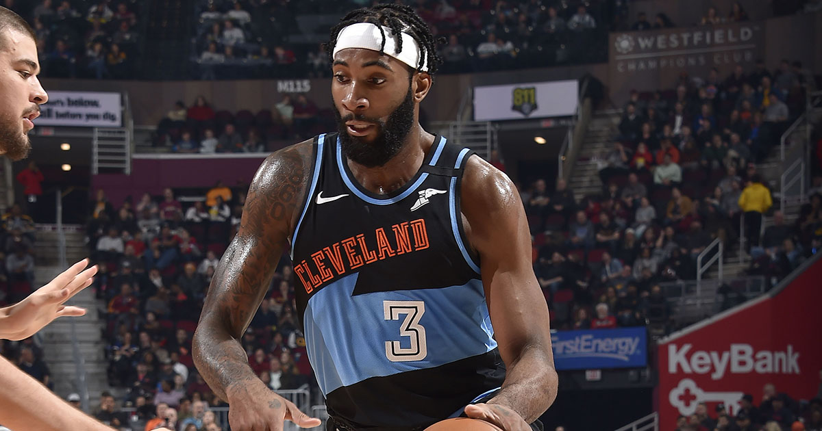 @AndreDrummond Cavs' Andre Drummond leaves $1K tip at restaurant. 👏 thesco.re/3c68QVY