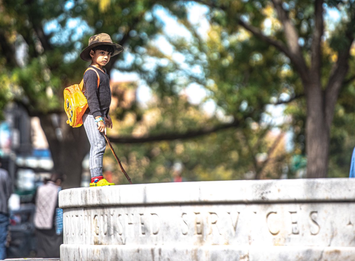 The King of Dupont Circle #DC #streetphotography #color pic.twitter.com/FywGnAp2Xi