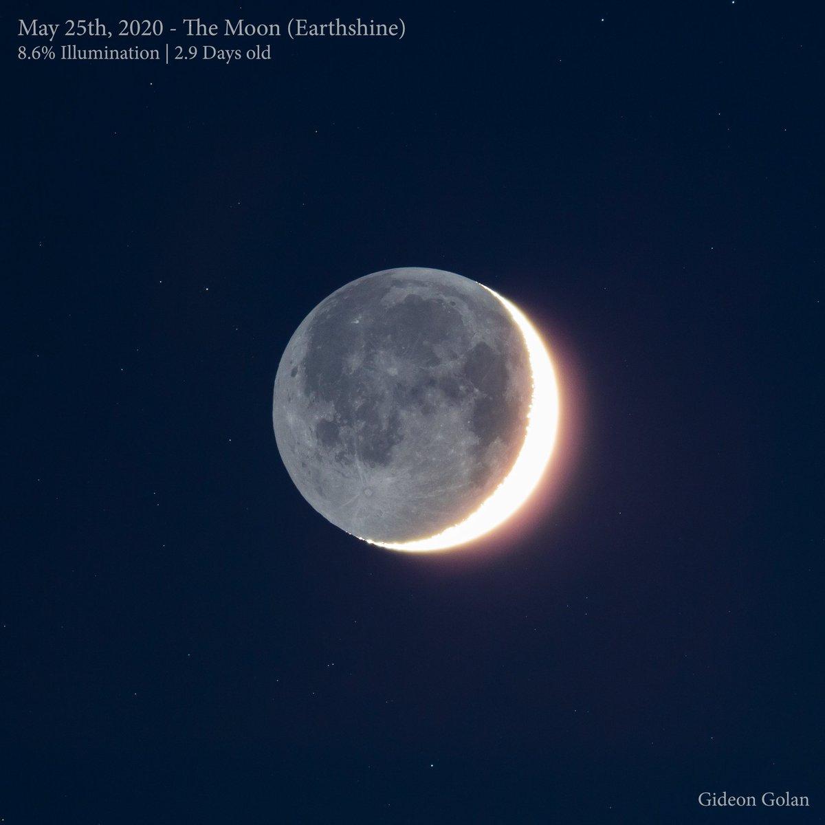 Last Night's #Moon & Earthshine  8.6% Illumination   2.9 Days old  Single Exp (ISO100, 6 Secs. tracked) #canon 60D   AT60ED (360, f/6)   #nightsky #astronomy #moon #lookupinthesky #astrophotography #nightpic.twitter.com/3YnvudnUHl