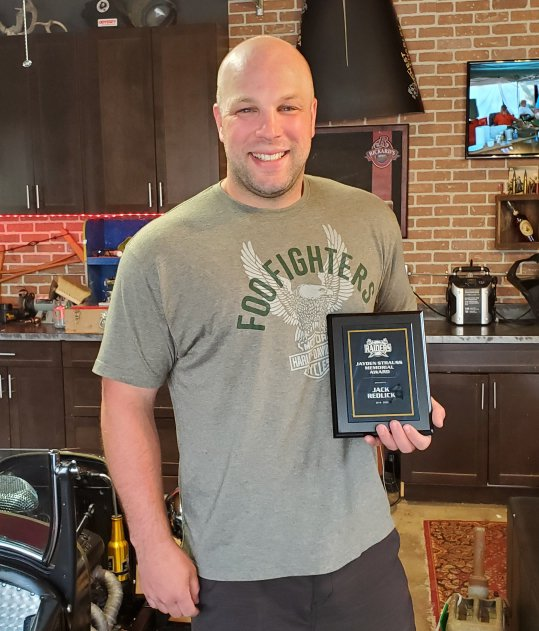 The Raiders Club and Strauss family are proud to award this year's Jayden Strauss Memorial Award to Jack Redlick. Jack's perseverance shown to overcome his serious motorcycle accident fits so well with the intent of this award, to remember to keep the fire in the battle. <br>http://pic.twitter.com/TSI203vaHV